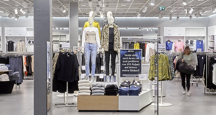 3_panorama_center_hm_shop_header_mobile
